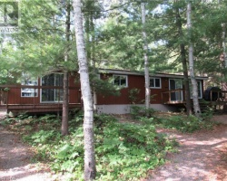 Cottage for Sale on Grass Lake
