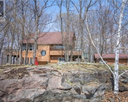 Property for Sale on 247 Sunnyside Street, Haliburton