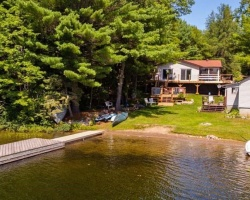 Cottage for Sale on Salmon Lake