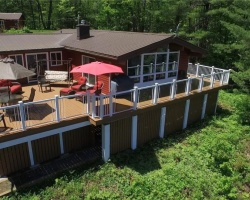Cottage for Sale on Gull Lake