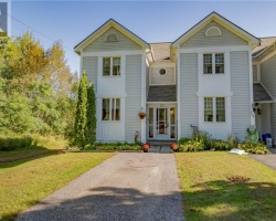 Property for Sale on 136 Fernwood Drive, Gravenhurst