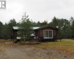 Cottage for Sale on Wadis Creek