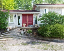 Property for Sale on 3 Beatrice Dr, Kawartha Lakes