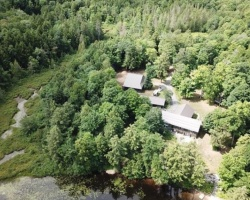 Cottage for Sale on Waseosa Lake