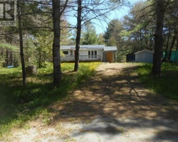 Cottage for Sale on Sparrow Lake