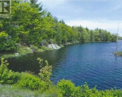 Cottage for Sale on Richmond Lake