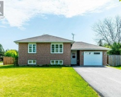 Property for Sale on 34 Grant Dr, Kawartha Lakes