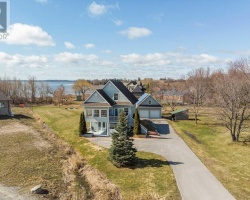 Property for Sale on 22 Chickadee Crt, Kawartha Lakes