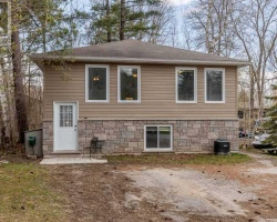 Property for Sale on 3454 Beachview Ave, Severn