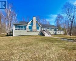 Cottage for Sale on Morrison Lake