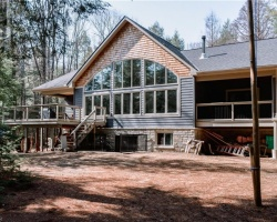 Cottage for Sale on Little Redstone Lake