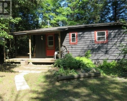 Cottage for Sale on North Branch Muskoka River