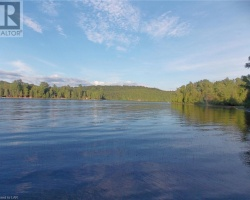 Cottage for Sale on Oxtongue