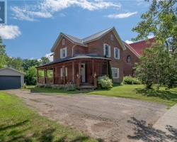 Property for Sale on 43 Mcmurray Street, Bracebridge