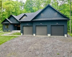 Property for Sale on 1044 Xavier St, Gravenhurst