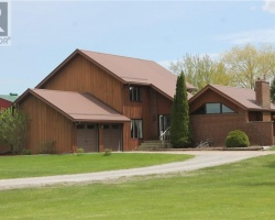 Property for Sale on 704 Chambers Rd, City Of Kawartha Lakes