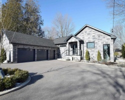 Property for Sale on 95 Portage Rd, Kawartha Lakes