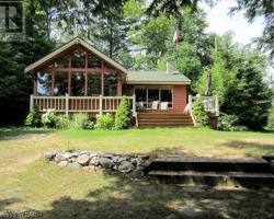 Cottage for Sale on Roberts Lake