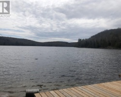 Cottage for Sale on South Portage Lake