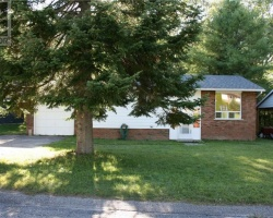 Property for Sale on 251 Oriole Crescent, Gravenhurst