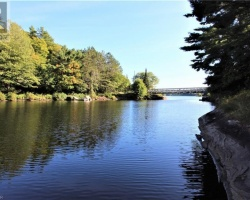 Cottage for Sale on Mill Lake