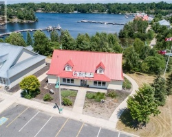 Property for Sale on 105 Steamship Bay Road, Gravenhurst