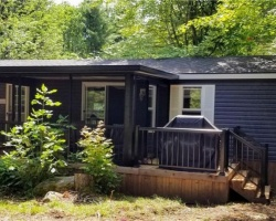 Cottage for Sale on Bonnie Lake