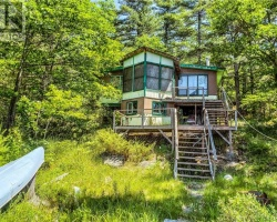 Cottage for Sale on Go Home Lake