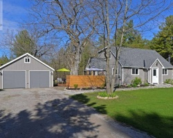 Property for Sale on 636 Hickory Beach Rd, Kawartha Lakes
