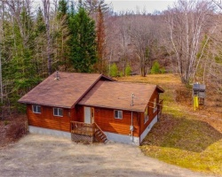 Cottage for Sale on Redstone River