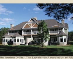 Cottage for Sale on Lake Of Bays