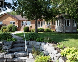 Property for Sale on 118 Hardwood Street, City Of Kawartha Lakes