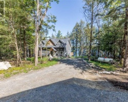 Sensational Turtle Lake Gravenhurst Home Interior And Landscaping Ologienasavecom
