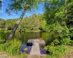 Cottage for Sale on Muskoka River