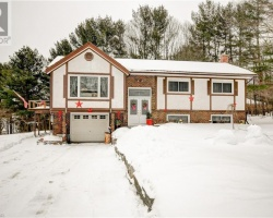 Property for Sale on 120 Mckenzie Street, Gravenhurst