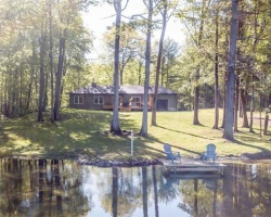 Cottage for Sale on Green River