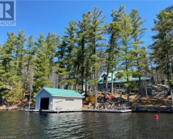 Cottage for Sale on Severn Lake