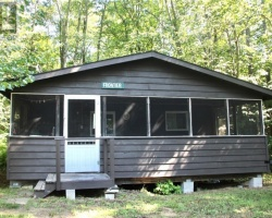 Cottage for Sale on Bella Lake