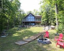 Cottage for Sale on Ril Lake