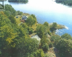 Cottage for Sale on Georgian Bay South Of Parry Sound
