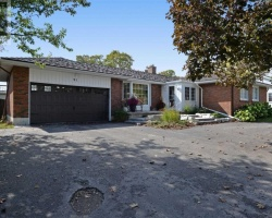 Property for Sale on 91 Queen St, Kawartha Lakes