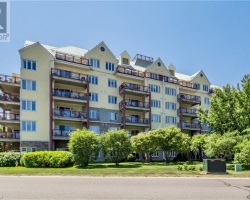 Property for Sale on 110 Steamship Bay Road #202, Gravenhurst