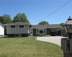 Property for Sale on 9881 ON-12, Warminster