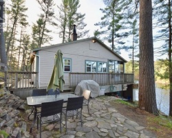 Cottage for Sale on Severn River