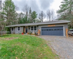 Property for Sale on 1024 Post Road, Bracebridge