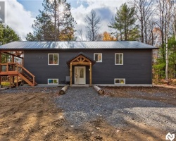 Property for Sale on 2429 Housey's Rapids Rd Rd, Gravenhurst