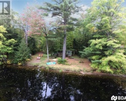 Property for Sale on 1062 Holiday Park Dr, Bracebridge