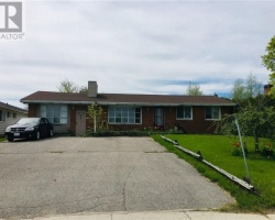 Property for Sale on 4107 ON-35, Cameron
