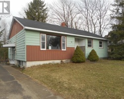 Property for Sale on 675 First Street S, Gravenhurst