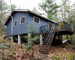 Cottage for Sale on Three Legged Lake